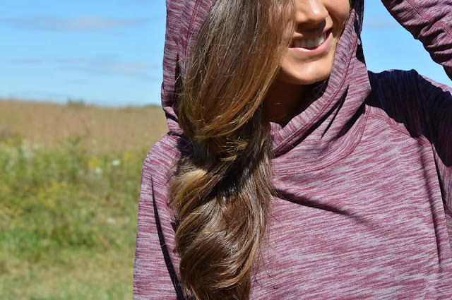 lululemon-healthy-heart-pullover bordeaux