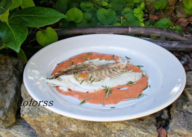 http://blogdecuina.blogspot.com.es/2013/11/dorada-la-sal-aromatizada-microondas.html