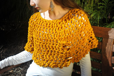 https://www.etsy.com/listing/223386935/shoulder-wrap-capelet-women-accessory?ref=favs_view_2