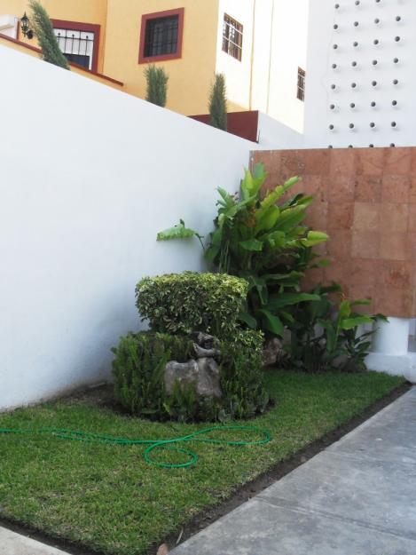 Decoraci n minimalista y contempor nea ideas y estilos for Adornos para paredes de patios