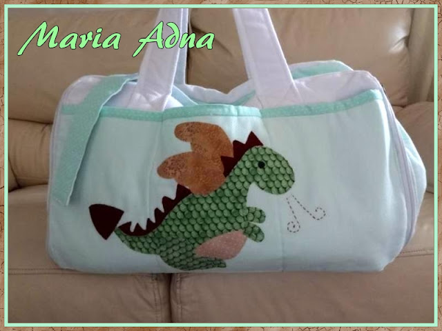 Magazine published textile maternity bag with applique Dinosaur, Publicada em revista por Maria Adna,  Textile maternity bag with applique Dinosaur, magazine published by Maria Adna, Maria Adna, Patchwork-bolsas-e-afins, apliquê infantil