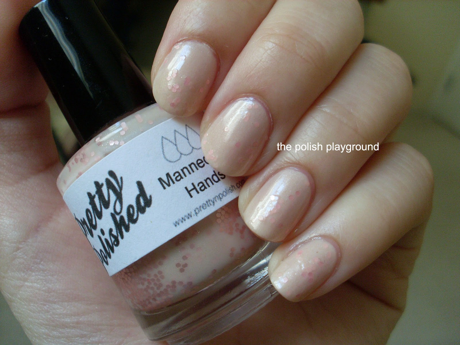The Polish Playground: Pretty & Polished Mannequin Hand