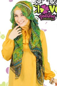 Clover Clothing Pashmina Tribal - Green (Toko Jilbab dan Busana Muslimah Terbaru)