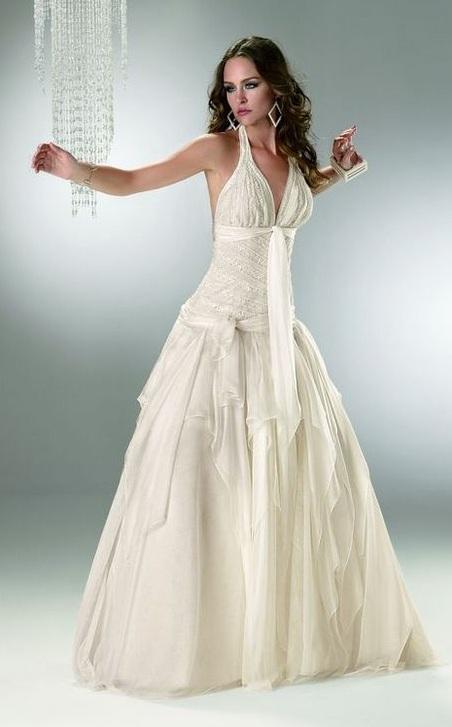 vestidos de novia color ivory o champagne : bodas y novios con estilo