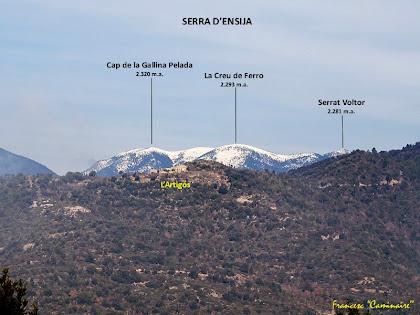 """La Serra d'Ensija, enfarinada de neu, vista des de la masia d'Ocata. Autor: Francesc """"Caminaire"""""""