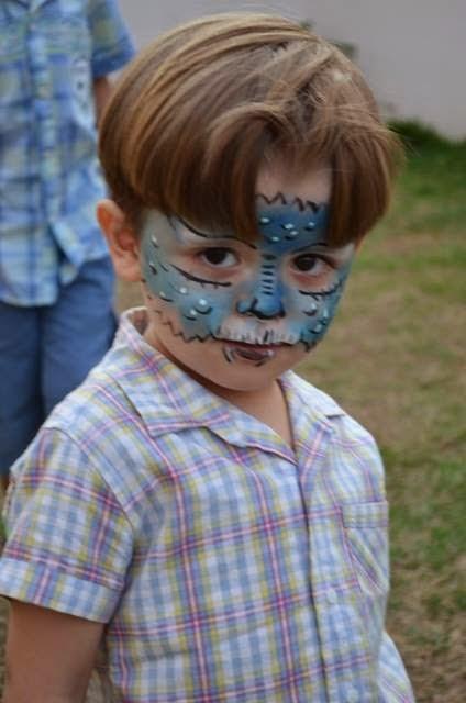 Pintura Facial Dragão azul.