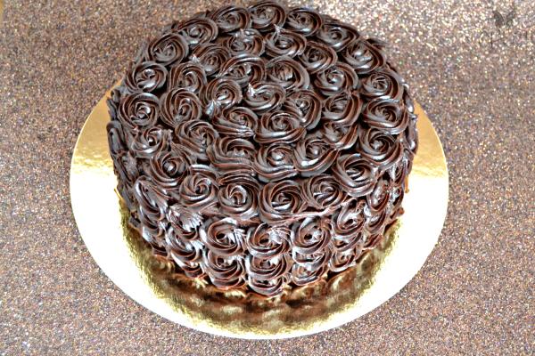frosting-de-chocolate-para-cubrir-tartas