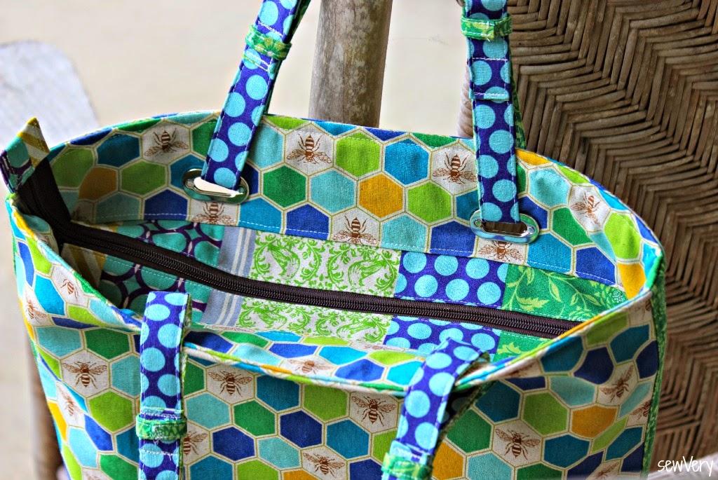 sewVery: The Totes Ma Tote Bag