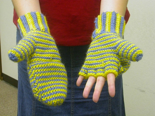 Sues Free Patterns Crocheted Mittens Fingerless Gloves Womens