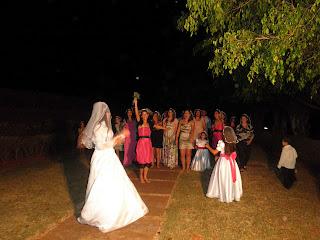 como fazer tiaras mini-véus para casamento