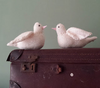 dove knitting pattern bird by Nicky Fijalkowska
