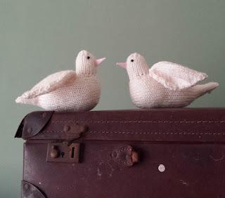 dove knitting pattern bird by Nicky Fijalkowska
