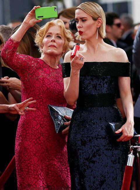 Sarah Paulson and Holland Taylor stepped out for a true New York City ...