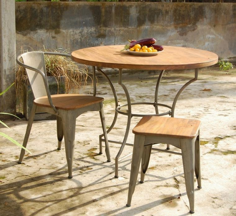 Wooden Garden Table And Chairs Part - 48: Round Wooden Garden Table: Wooden Garden Table With Chairs