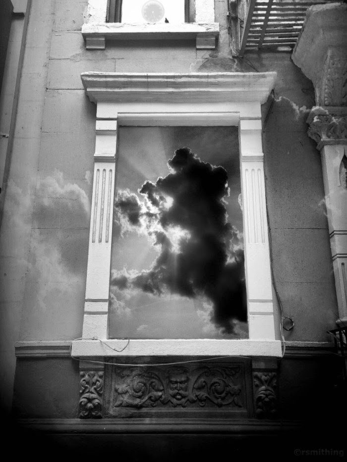 04-Half-The-Story-Richard-Smith-Black-and-White-Photographs-of-Surreal-Realities-www-designstack-co