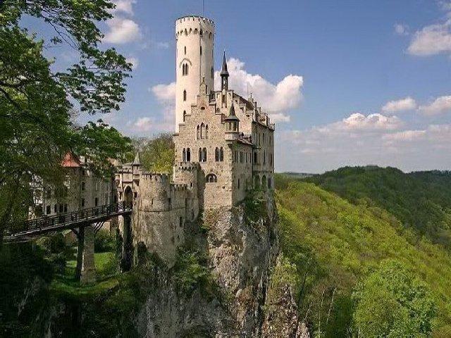 Castelo de Liechtenstein.