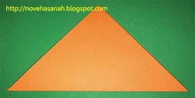 lipat ke arah atas membentuk segitiga