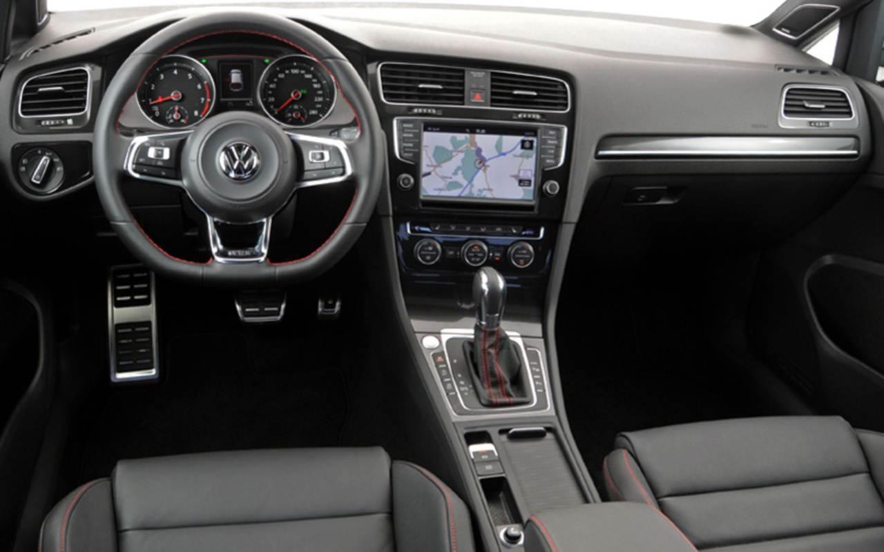 VW Golf GTI x Mercedes-Benz A250 Sport