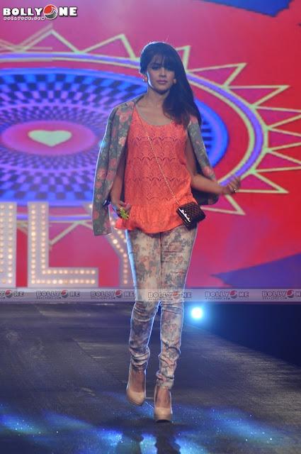 Genelia D'souza Walks Ramp at Allure Fashion show