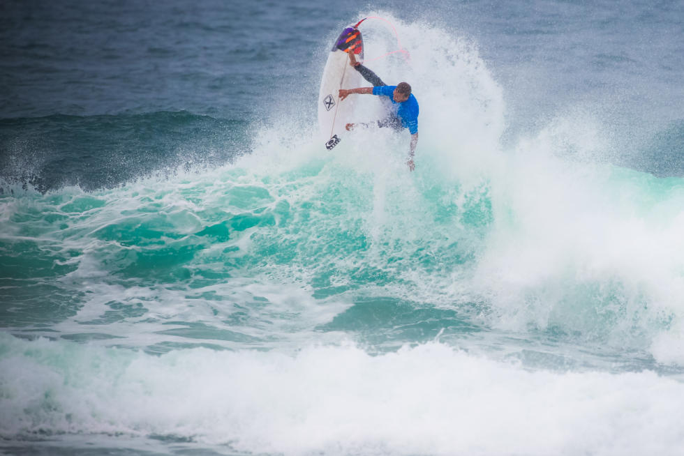 0 Caio Ibelli BRA Allianz Billabong Pro Cascais Foto WSL Laurent Masurel