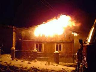 Casa-pegando-fogo
