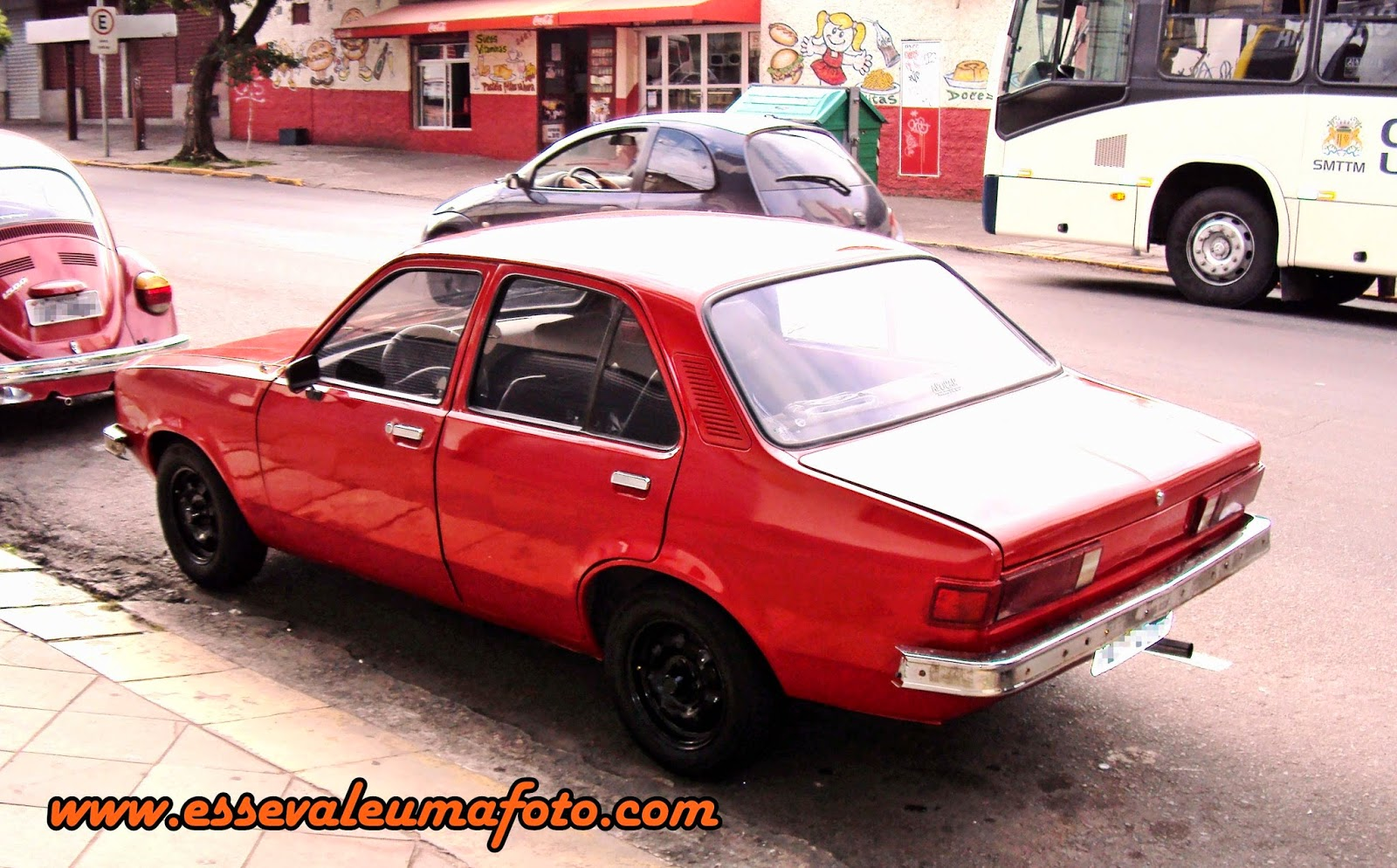 Registros automotivos do cotidiano chevrolet chevette 4 for Chevette 4 portas