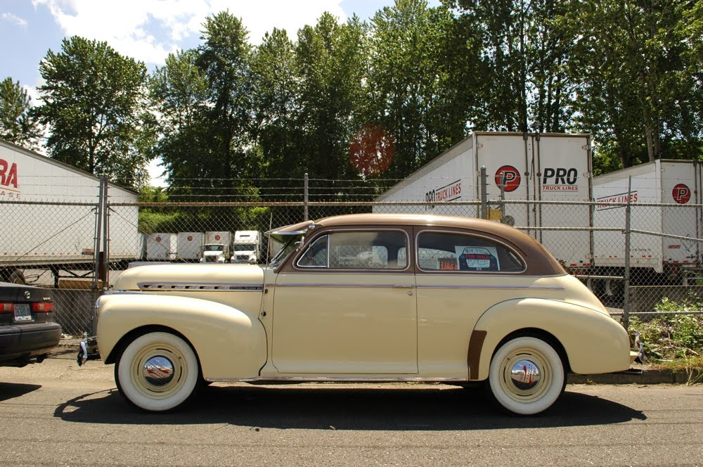 old parked cars 1941 chevrolet special deluxe 2 door sedan
