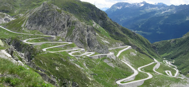 St. Gotthard Mountain Pass - Switzerland Tour