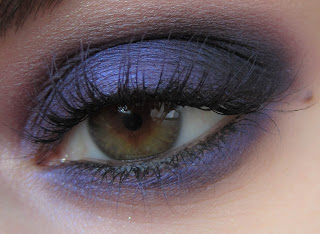 http://chroniquedunemakeupaddict.blogspot.com/2012/05/make-up-purple.html
