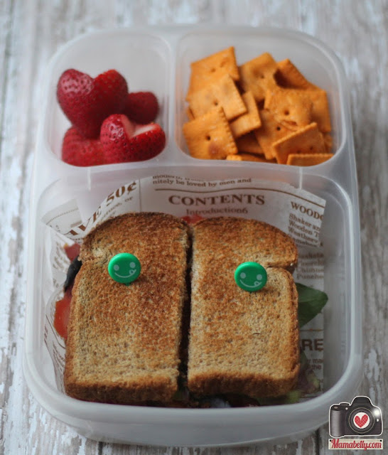 BLT school lunch sandwich in Easylunchboxes - www.mamabelly.com