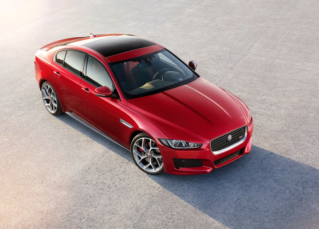2016 Jaguar XE S red