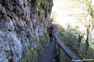 Inicio del camino hacia las Gorges de Kakouetta