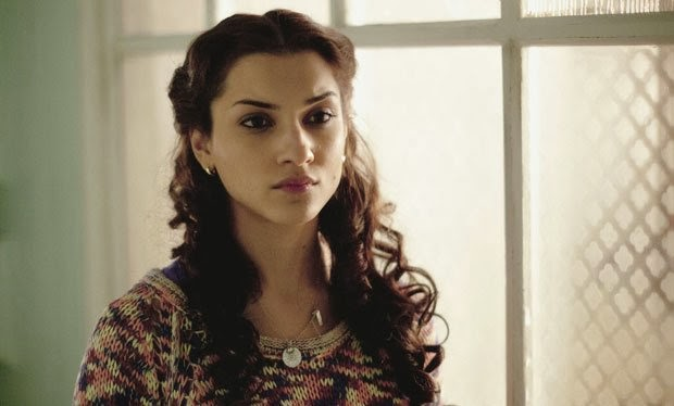 what remains amber rose revah