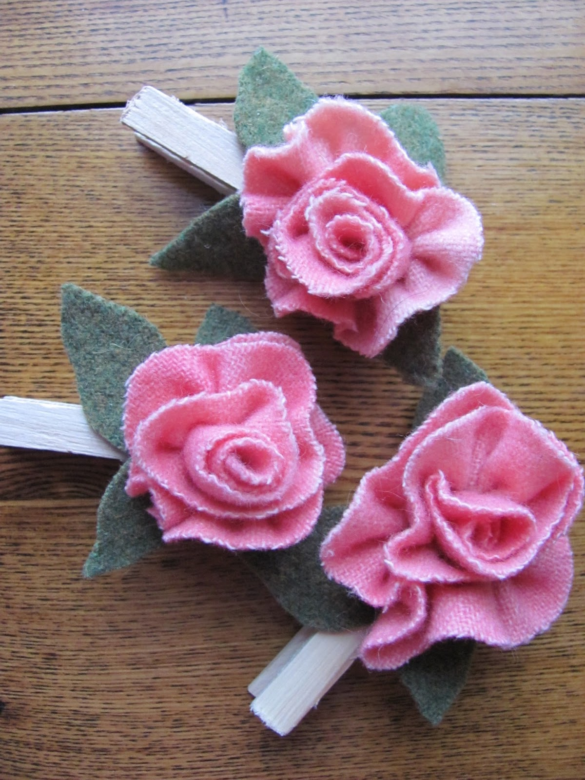 Free Wool Rose directions for Wool Tree's and more....