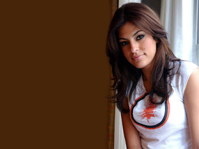 American Sexy Actress Eva Mendes HD Images