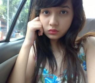 Gadis Cantik Bugil ( Cewe Cantik SMA Bugil )