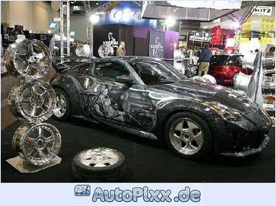Car Auto Design: Airbrush Art on Nissan 350Z Car