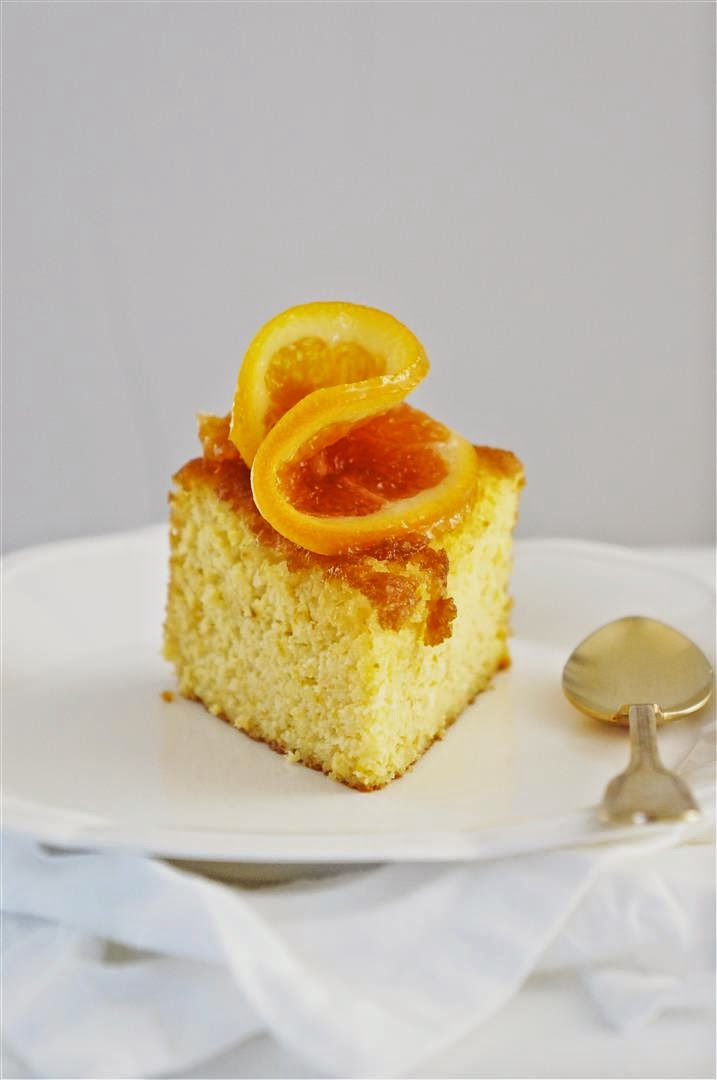 Cakelets and Doilies: Flourless Orange and Almond Cake