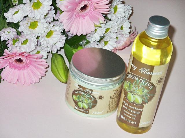 Recenzja: Oliwkowe masło do ciała i oliwkowy olejek pod prysznic Green Olive, Barwa