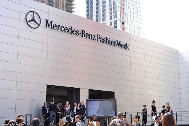 Fashion-Week-New-York-Lincoln-Center