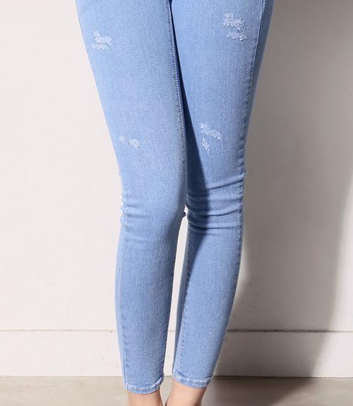 White Classic Skinny Pants