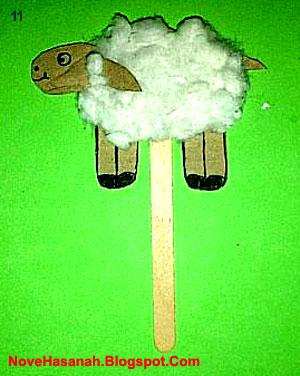 cara membuat kerajinan tangan (prakarya) boneka domba dari kardus bekas dan kapas yang mudah untuk anak-anak