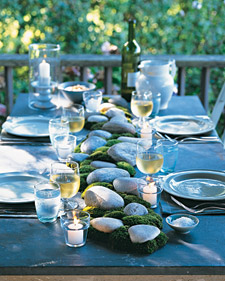 This serent moss and rocks table runner is perfect for an outdoor dinner party