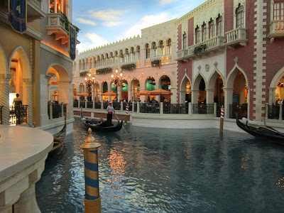 Las Vegas: The Venice canals at Venetian