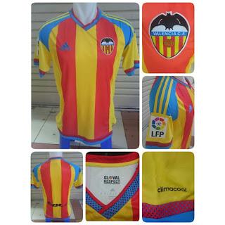 gambar detail terbaru jersey musim depan Jual jersey Valencia away terbaru musim 2015/2016 di enkosa sport toko online jersey bola terpercaya