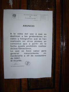 Bando del ayuntamiento de candelario en el que se prohibían realizar grabaciones en el Ayuntamiento de Candelario