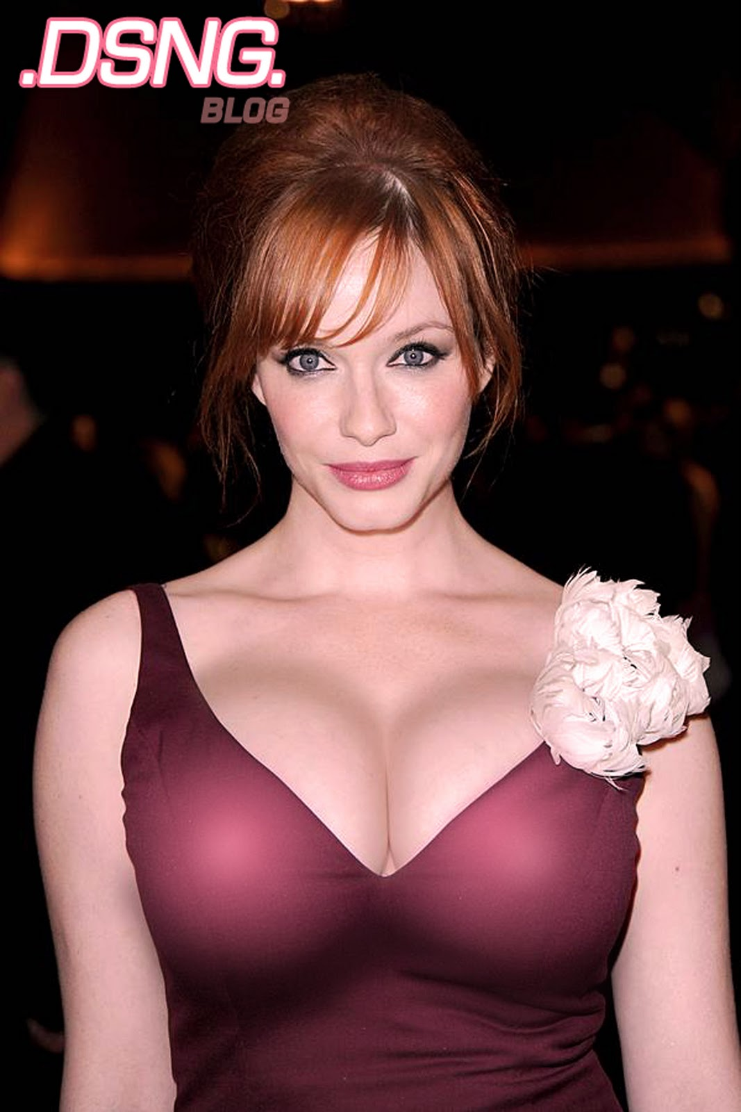 http://1.bp.blogspot.com/-qLRWdWy_6qA/TvgAWjp9vFI/AAAAAAAACzU/2KWa6CFFRE0/s1600/christina+hendricks+hollywood+actress+big+tits+breasts+boobs+jugs+pawg+whooty+redhead+red+head+sexy+maroon+mahonagny+gown+dress+2+33.jpg