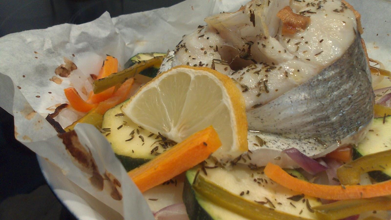 Tic tacocina merluza en papillot - Cocinar pescado congelado ...