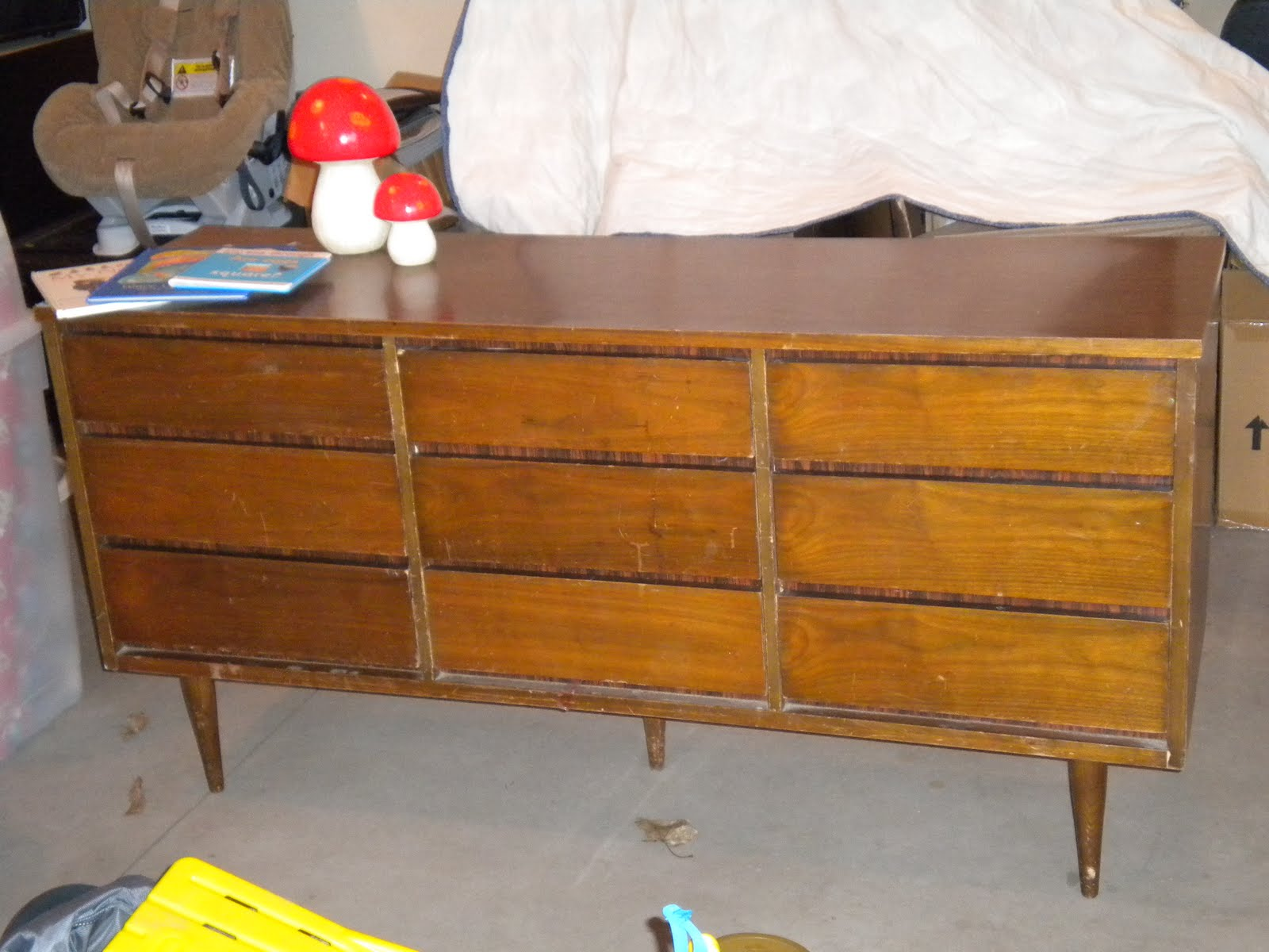 Hemnes Tv Stand Craigslist : Well, Bill has been hard at work priming and painting the piece using