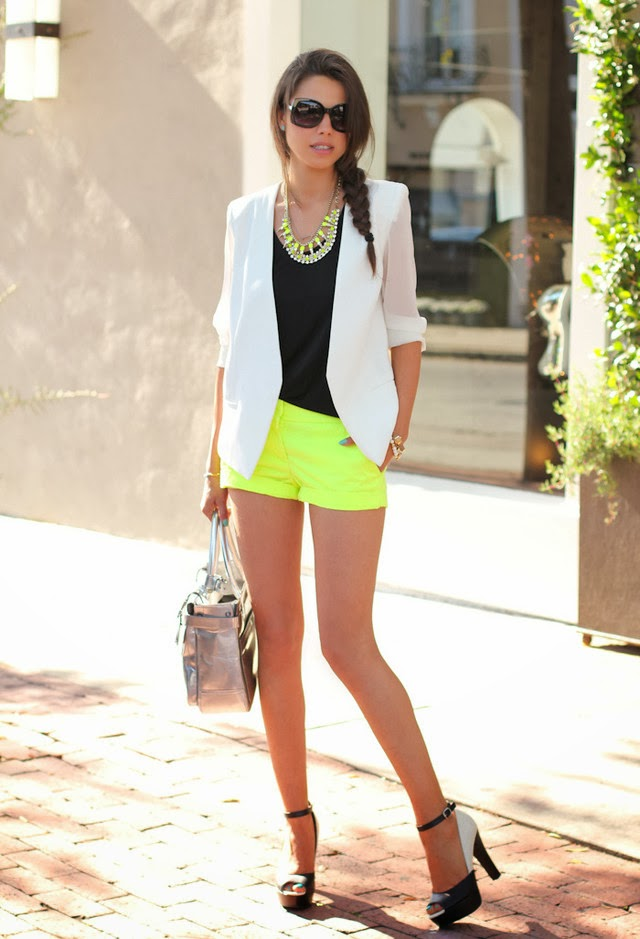 Stylish Combination. Yellow Short. Pink Pepper White